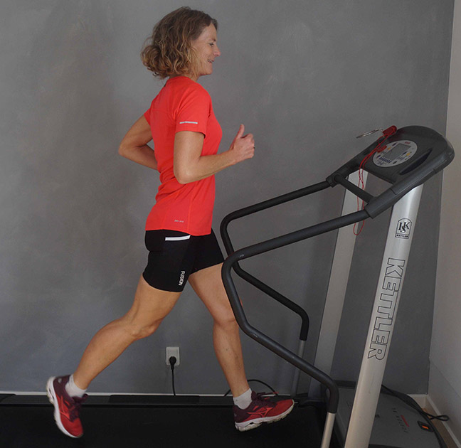 Løbestilsanalyse på løbebånd ved Fysio4All